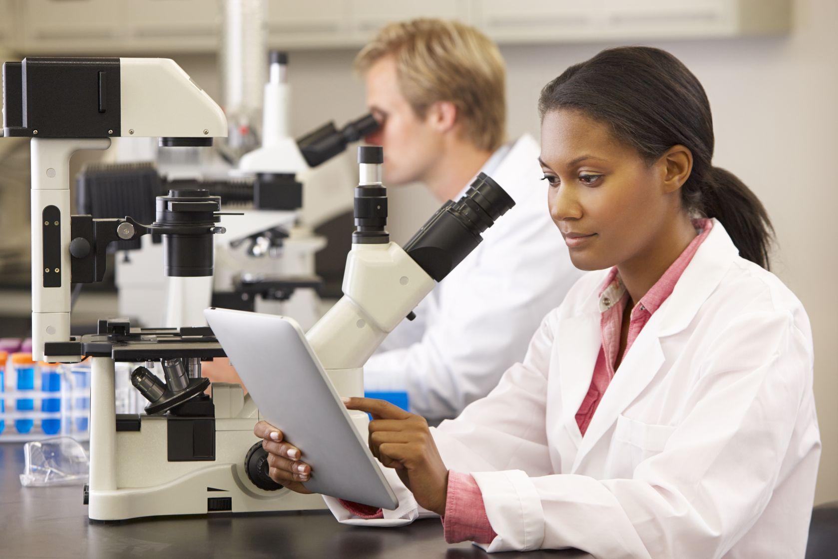 woman-researcher